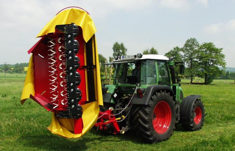 Schutzabdeckung für Ackermaschine