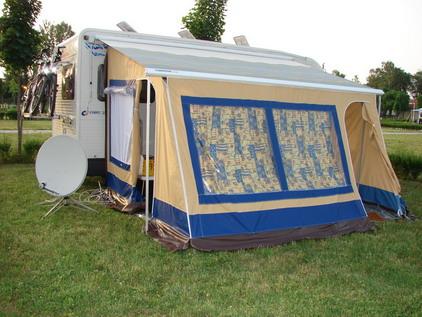schutzdach fuer den caravan autoplanen jouza union kaplice. Black Bedroom Furniture Sets. Home Design Ideas